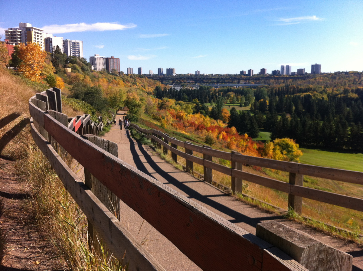 Autumn has arrived in YEG